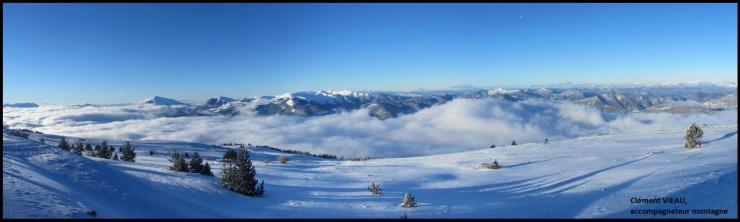 Mer de nuages sur la vallée de la Blanche et le massif des Monges